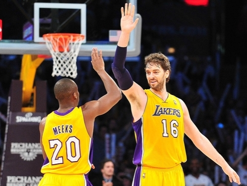 lakers blazers pau meeks